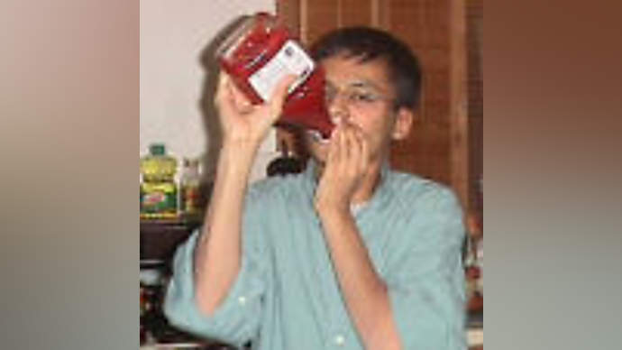 image for John Kerry and Teresa Heinz-Kerry accused of selling ketchup to Iran, N. Korea