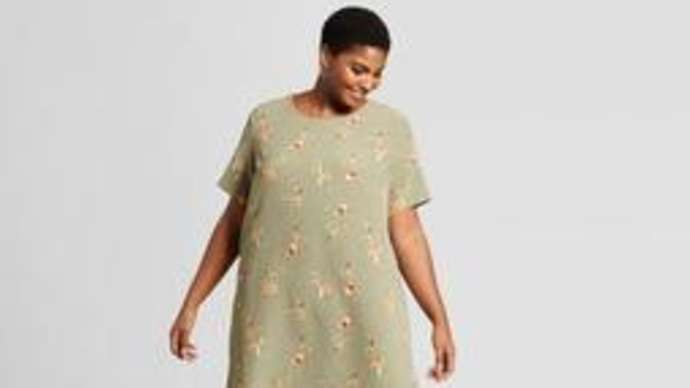 image for Shapeless House Dress Garment of Choice for Many American Women