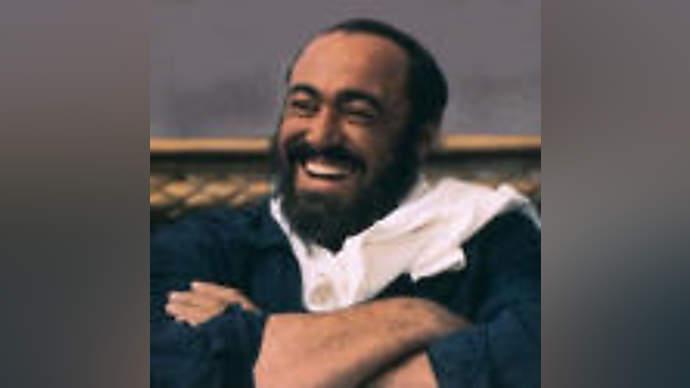 image for Pavarotti loses voice, plans new tour