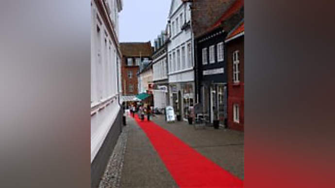 image for Dorking Rolls Out The Red Carpet For Writers Of The Dorking Review