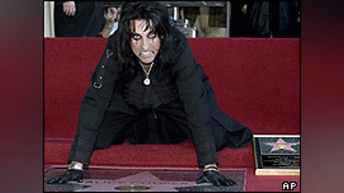 image for Alice Cooper 'accidentally stapled to floor'