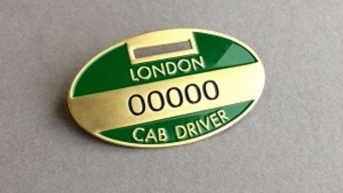 image for London cabbie has licence revoked following considerate act to bus driver