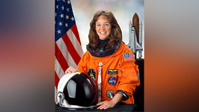 image for A troubled ex-astronaut, Lisa Nowak, asks court to remove ankle monitor; requests dog leash instead