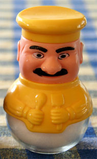 image for Big Phil Scolari Gets Weetabix Stuck In His Moustache