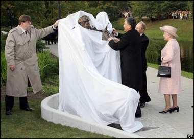image for Veil debate: Queen insists Philip takes cover